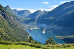 Trip/Tour: Fjords, Fjells and Glaciers - Motorcycle Paradise Norway