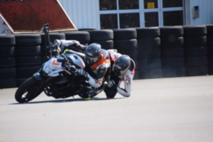 Motorcycle Training Course : Elbow Down - Training