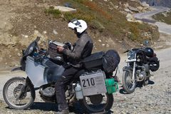 Motorcycle Tour: Expedition India with Daniel Rintz
