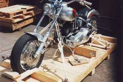 Motorbike shipping: Motorcycle shipping Canada, airfreight