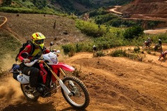 Motorcycle Tour: Laos – Vietnam