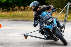 Motorcycle Training Course : Girls among themselves: lean angle training